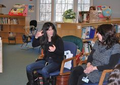 Talk with students at Millneck Manor School for the Deaf