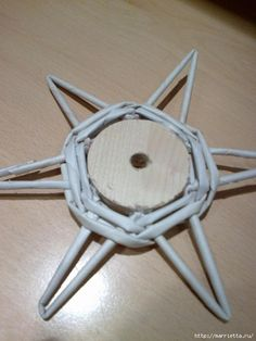 tutorial ideas cesteria navidad návod a množstvo inšpirácií na pletenie z papierových rúrok-vianočné dekorácie