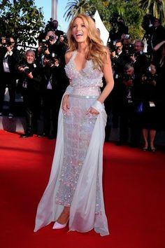 ad1184ed30a8 Blake Lively .- Cannes 2014 Black Barbie