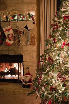 1000 Images About Cozy Christmas Scenes On Pinterest