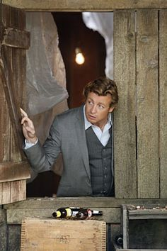 Mentalist star Simon Baker: The charm is no act - CBS News 51