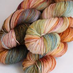 Beautiful yarn from Becoming Art yarns! Sanquine Sky - Cielo Sport Content: superwash merino Plies: Yardage: 224 yards Grams per skein: 100 Recommended needle sizes: Wool Yarn, Knitting Yarn, Knitting Patterns, Yarn Stash, Yarn Needle, Knitting Projects, Crochet Projects, Yarn Inspiration, Yarn Shop