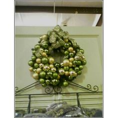 One of my all time favorites, I keep saying I will make this wreath ...