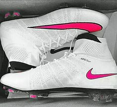 football shoes Super sport soccer nike a - football Nike Football Boots, Soccer Boots, Nike Boots, Football Cleats, Girls Soccer Cleats, Football Players, Adidas Originals, Nike Free Shoes, Nike Shoes Outlet