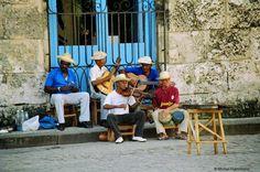 Havanna, Cuba - Dancing with the musicians in the street Cuba Dance, Trinidad Cuba, Afro Cuban, Nostalgia, Us Virgin Islands, Gulf Of Mexico, Caribbean Sea, Key West, Rue