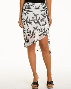 The asymmetrical detail enhances this skirt and offers a playful yet easy feel. #tropical #madeincanada