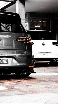 Golf trick, tips and training Volkswagen Golf Variant, Volkswagen Golf Mk2, Vw Golf Variant, Vw Polo Modified, Modified Cars, Bmw M4, Golf 7 Gti, Gti Mk7, Street Racing Cars