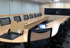 Conference Space - No Problem Synthesis table and #Altus collection at Governor's State University. To learn more visit www.ki.com #education #furniture