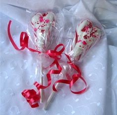 Candy Cane Hearts from @ChocolateChocolateandmore
