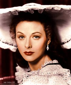 Actress Hedy Lamarr as Jenny Hager in The Strange Woman - Black and with photo colorized on GIMP by me. Original here: X Hedy Lamarr Old Hollywood Glamour, Golden Age Of Hollywood, Vintage Hollywood, Classic Hollywood, Hollywood Icons, Hollywood Style, Hedwig, Hedy Lamarr, Celebs