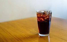 Un classico: quando un prodotto diventa immortale Marketing, Coca Cola, Shot Glass, Tableware, Dinnerware, Dishes, Cola, Coke