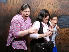 Yes, it's that scary at #nightmares you can't just close your mouth #NFF #NiagaraFalls
