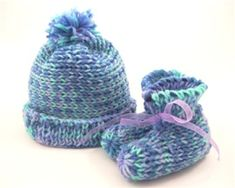 Baby bootie & Hat pattern. AIO loom