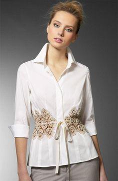 Agrega a esta blusa una correa hecha a crochet...Fina y elegante.