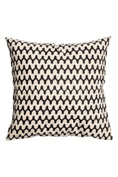 Patterned cushion cover: Cushion cover in a patterned cotton weave with a concealed zip. Linen Pillows, Decorative Pillows, Cushions, Throw Pillows, San Jose Del Cabo, Cottage Lounge, Deco Boheme, Guest Room Office, H&m Home