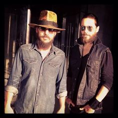 The Bearded Brothers #whatchulookinat #beard #tbt via Jared´s Instagram