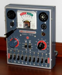 https://flic.kr/p/X7bFyA | Vintage Superior Vacuum Tube Tester, Model TD-55, Made By Superior Instruments Company, Metal Cabinet, Made In USA, Circa 1956 | Auction Item 197A -- Cledis Estes Auctions II of Medina, Ohio.