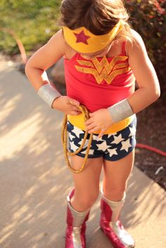 Wonder Woman Costume - This is really great! From mysticmandy.blogspot.com