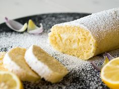Zitronenrolle mit Lemon Curd