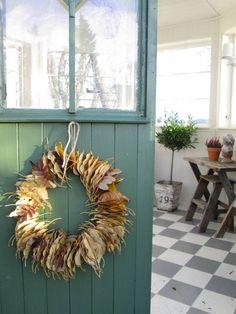 La décoration automne que nous vous présenterons est tout à fait inspirante et elle apportera l'atmosphère automnale chez vous.Plongez-vous dans l'univers d