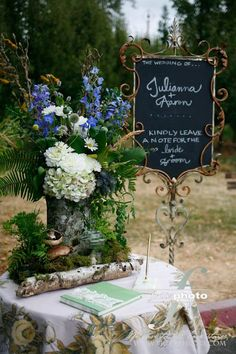 A dreamy, boho welcome to the wedding reception
