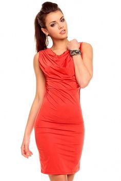 Elegante Vestido Red Sexy Fashion de color rojo. Un vestido entallado a tu cuerpo con unas favorecedoras capas semipuestas que dan cuerpo al vestido. Un vestido que te hará sentir como una estrella toda la noche. Un vestido digno de una estrella de cine, tu.  Código producto: HS1036