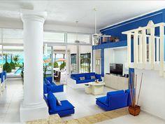 Großes, offenes Wohnzimmer, das durch Helligkeit und eine ansprechende Farbkombination besticht! | Playa del Secreto, Mexiko, Objekt-Nr. 3544186