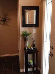 home decor entryway 45 Amazing Ideas Small Front Entryway Decor 37 Small Entryway Decorating Ideas Best Small Spaces Studio Apartments Foyer Decorating 7 Small Front Entryways, Small Hallways, Small Foyers, Small Hallway Table, Small Tables, Foyer Decorating, Decorating Small Spaces, Decorating Ideas, Decor Ideas