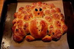 Cranberry Challah Turkey for Thanksgiving | Snacking in the Kitchen