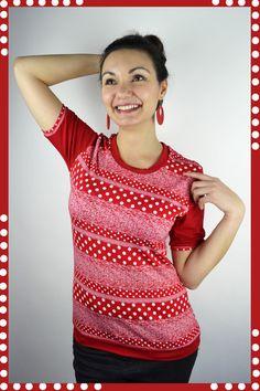 T-Shirts uni Rundhals - Shirt Punkte rot Jersey - ein Designerstück von JAQUEEN-handmade-streetwear-berlin bei DaWanda