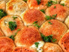 How To Make Tasty Pesto Mozzarella Cheese Balls