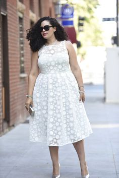 Dress: Asos / Sunglasses: Dior, old (similarhere) / similar earringshere) / Bag: Forever21, old (similar here) / Shoes: Ivanka Trump, old (similar here)