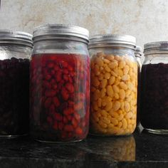 home canned dry beans. Just place dry beans in a jar salt and fill with water pressure cook. The beans are cooked and canned for an easy dinner. I'm doing this today! Pressure Canning Recipes, Canning Tips, Home Canning, Pressure Cooker Recipes, Pressure Cooking, Easy Canning, Canning Process, Canning Beans, Canning Food Preservation