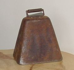 old cow bell....I can hear it now in my memories.  Mom ringing the bell out the back door letting my dad know dinner was ready!