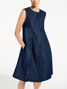 Max Mara RENATA midnightblue: Cotton and linen dress. Modest Dresses, Maternity Dresses, Pretty Dresses, Casual Dresses, Denim Fashion, Skirt Fashion, Boho Fashion, Fashion Outfits, Retro Mode