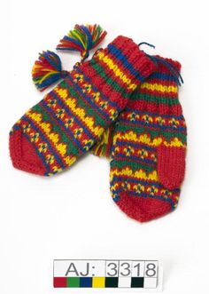 Mittens Pattern, Knit Mittens, Mitten Gloves, Yarn Crafts, Diy And Crafts, Hand Warmers, Free Pattern, Knit Crochet, Textiles