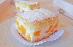 Нежный торт с творогом, сливками, персиками