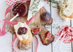 Feigenmarmelade  #figs #yummy #jam #sogood #bread #sweet #yum #lidlösterreich #brie #cheese #autum #selfmade #madewithlove #veggy