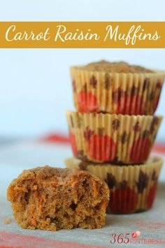 These carrot raisin muffins are amazingly moist and tender! The best part is they are clean eating approved! Made from whole food ingredients these are good and good for you W/ craisins! Paleo Carrot Cake, Carrot Recipes, Sweet Recipes, Whole Food Recipes, Raisin Muffins, Carrot Muffins, Muffin Tin Recipes, Baking Recipes, Bread Recipes