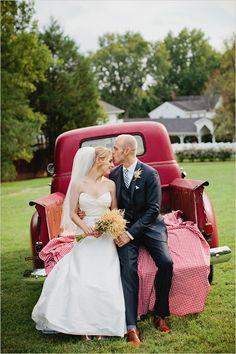 O casamento campestre é romântico e ainda rende belíssimas fotos