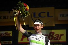 Mark Cavendish (Dimension Data) wins stage 14