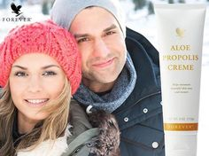 Forever Living is the world's largest grower, manufacturer and distributor of Aloe Vera. Discover Forever Living Products and learn more about becoming a forever business owner here. Propolis Creme, Bee Propolis, Forever Business, Chocolate Slim, Forever Aloe, Aleta, Forever Living Products, Aloe Vera Gel, Healthy Skin