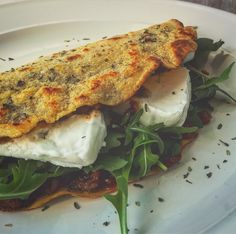 Pitta, Vegan Dishes, Tasty Dishes, Vegetarian Recipes, Healthy Recipes, Crepes, Cooking Turkey, Food Humor, Light Recipes