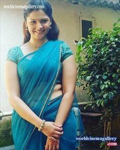 Beautiful Women Over 40, Beautiful Girl Indian, Most Beautiful Indian Actress, Beautiful Saree, Beautiful Actresses, Beauty Full Girl, Beauty Women, Indian Girl Bikini, Indian Girls Images