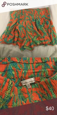 Lovers + Friends Palm Tree Shorts High waist with elastic band/ two side pockets along the side. Lovers + Friends Shorts