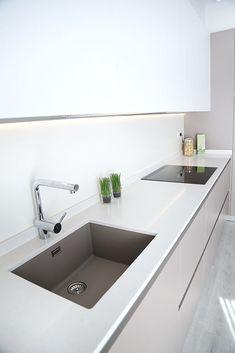 Modern Home Decor Kitchen Kitchen Decor, Kitchen Redesign, Kitchen Inspirations, Home Decor Kitchen, Kitchen Style, Kitchen Interior, Kitchen Cabinetry, Home Decor, Contemporary Kitchen