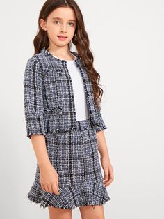 To find out about the Girls Raw Hem Tweed Top & Skirt Set at SHEIN, part of our latest Girls Two-piece Outfits ready to shop online today! Dresses Kids Girl, Kids Outfits Girls, Girl Outfits, Cute Outfits, Girls Fashion Clothes, Fashion Kids, Fashion Outfits, Camouflage Hoodie, Tweed