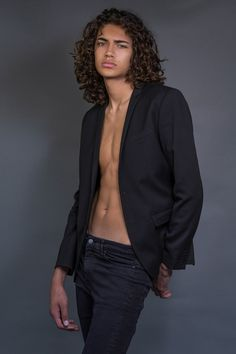 Men's Hairstyles Take On a Sexy New Look! Long Curly Hair Men, Asian Men Long Hair, Boys With Long Hair, Cute Lightskinned Boys, Cute Guys, Just Beautiful Men, Beautiful People, Long Haired Men, Grunge Hair
