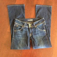 """Hudson Bootcut size 27 *PRICE DROP** Good preowned condition. Dark wash 98%cotton, 2%Elastin. Measured flat, waist 15"""", length 28"""" Hudson Jeans Jeans"""