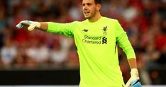OFFICIAL: Leicester have agreed the with Liverpool for goalkeeper Danny Ward. Ward is said to bring competition to Kasper Schmeichel not replace him. Jonny Evans, Kasper Schmeichel, James Maddison, Liverpool Players, Liverpool Fc, Leicester City Football, World Sports News, Dilema, Back Injury